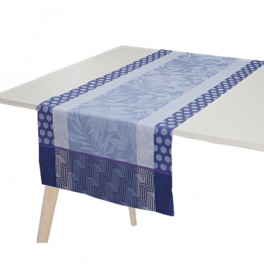 Chemin de table Nature Urbaine Elec­trique Jacquard Français