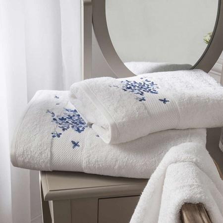Serviette de toilette Marquise éponge 50×100cm Anne de Solène
